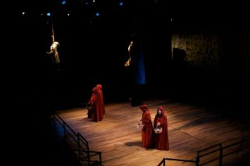 Handmaid's Tale 3-3-10 - 200_preview
